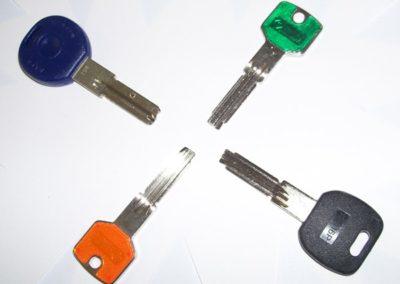 Duplicazione chiavi di sicurezza punzonate